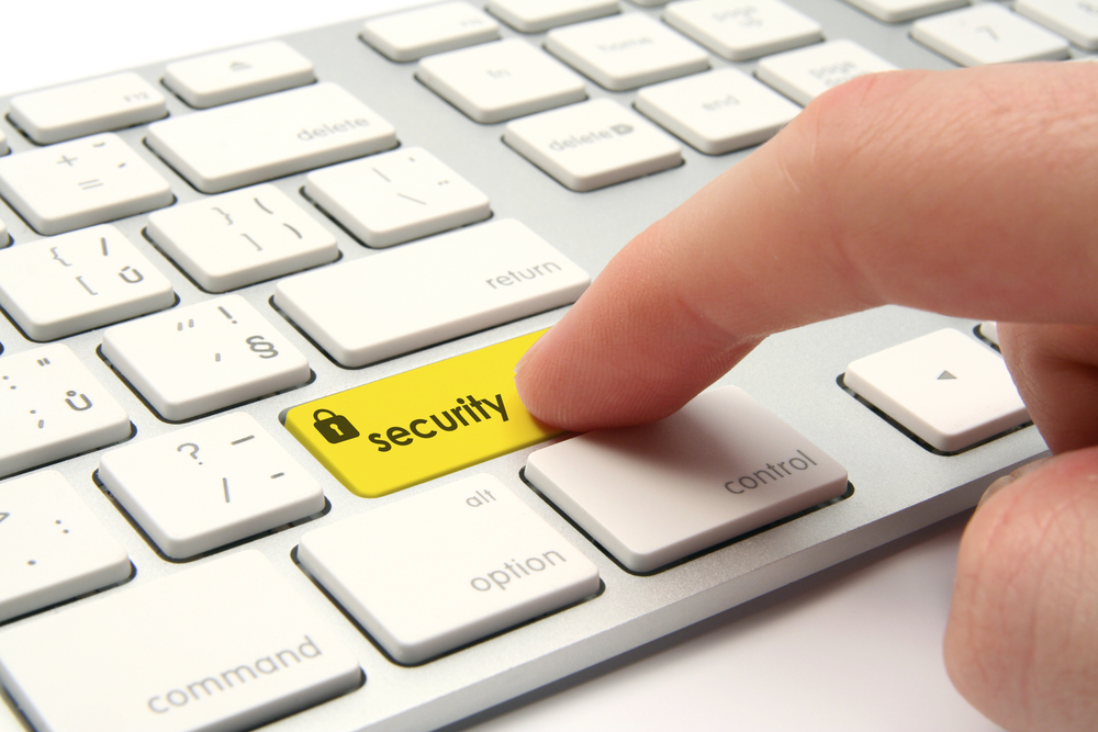 6-Tips-For-Keeping-Your-PC-Safe-While-You're-Away